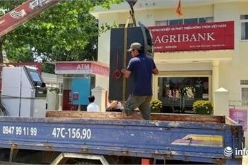 """Agribank Đắk Lắk thay trụ ATM """"chơi khó"""" khách hàng"""