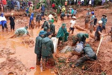 Xót xa phát hiện thi thể cả gia đình 3 người trong vụ sạt lở kinh hoàng ở Đắk Nông
