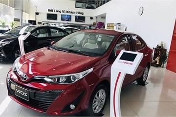 Giá xe Toyota Vios và Wigo tại đại lý đồng loạt giảm mạnh