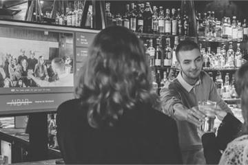 Một quán bar ở Luân Đôn áp dụng công nghệ AI để phục vụ khách hàng