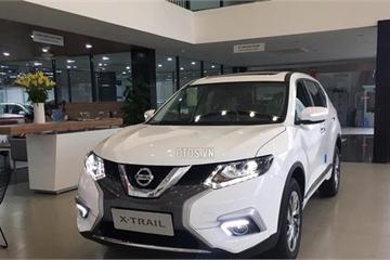 Sau Tết, Nissan giảm giá sâu các xe Terra, Navara, X-Trail và Sunny