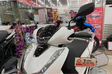 """Honda SH 2020""""rớt"""" giá hơn chục triệu, khách vẫn chưa thỏa mãn"""