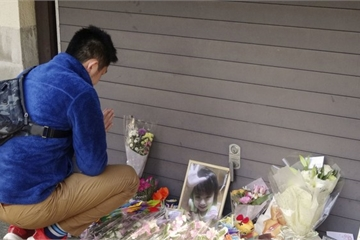 Người mẹ trẻ để mặc chồng bạo hành con gái riêng 5 tuổi đến chết