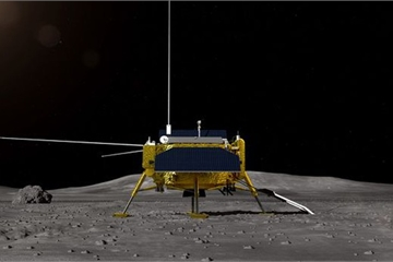 """Tàu vũ trụ Trung Quốc """"xông đất"""" Mặt trăng năm mới"""