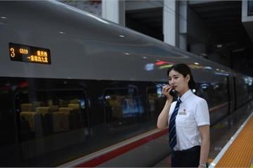Trung Quốc khai trương tuyến tàu cao tốc chạy thẳng từ Trùng Khánh ra Hong Kong