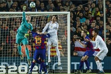 Phung phí cơ hội, Real Madrid chia điểm tiếc nuối với Barcelona