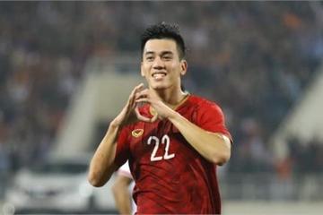 Chanathip nói cầu thủ Việt 'thu nhập thấp nên đá quyết tâm', Tiến Linh phản pháo
