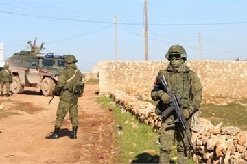 """""""Chảo lửa"""" Idlib nóng rực, hàng trăm binh sĩ Nga có mặt ở phía bắc Syria?"""