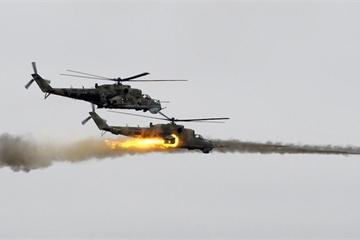 """Trực thăng Nga """"dội lửa"""" xuống Latakia, Syria báo động vì lo Israel không kích"""