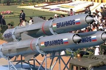 Quốc gia nào ở Đông Nam Á muốn sở hữu tên lửa siêu thanh BrahMos của Ấn Độ?