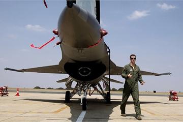 Nóng: Iran tuyên bố 22 tên lửa bắn trúng căn cứ Mỹ, 80 lính Mỹ thiệt mạng