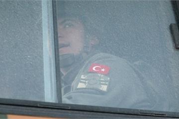 Không kích dữ dội ở Idlib của Syria, Thổ Nhĩ Kỳ mất 33 binh sĩ, Mỹ hối bỏ S-400