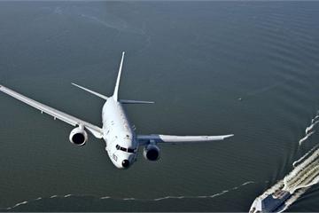 Trung Quốc chiếu laser cấp độ vũ khí vào máy bay Mỹ, chuyện còn hơn thế!
