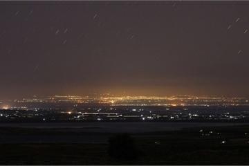 Tên lửa Israel phóng rào rào trong đêm, hệ thống phòng không Syria hối hả đáp đòn