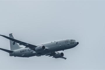"""Mỹ - Trung lại """"khẩu chiến"""" về hoạt động quân sự ở Biển Đông"""