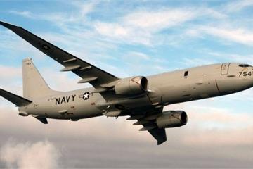 """""""Thử lửa"""" S-400, 2 máy bay Mỹ lởn vởn gần căn cứ """"khủng nhất"""" của Nga ở Syria?"""