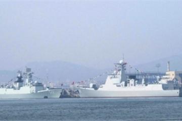 """Soi dàn tên lửa trên 2 chiến hạm """"khủng"""" vừa được Trung Quốc đưa vào trực chiến"""