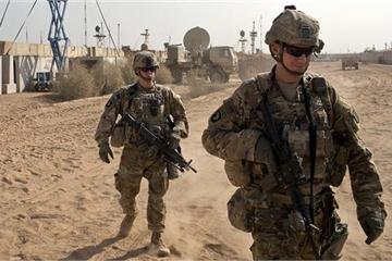 Nóng: Căn cứ Mỹ ở Iraq lại bị hàng chục tên lửa tấn công, thương vong chưa rõ