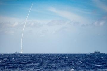 """Hé lộ cuộc tập trận phóng tên lửa """"bất thường"""" của Mỹ nhằm dằn mặt Trung Quốc"""