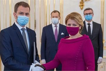 Diện mạo của các nhà lãnh đạo thế giới khi đeo khẩu trang phòng Covid-19