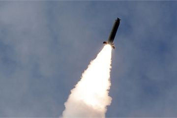 Nóng: Triều Tiên vừa huy động dàn tiêm kích Sukhoi phóng loạt tên lửa