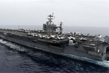 """""""Mất"""" 4 tàu sân bay vì dịch Covid-19, hải quân Mỹ có cách ứng phó khác lạ"""