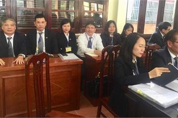Luật sư bào chữa cho Hoàng Công Lương đặt câu hỏi với các bị cáo