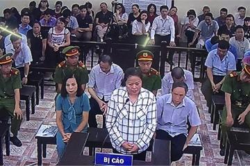 """Nữ cán bộ Công an tỉnh Hà Giang nhờ nâng điểm cho 20 thí sinh để """"trả ơn, tạo phúc"""""""