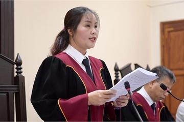 Hà Giang: Nhân chứng vụ sửa điểm thi bị nhắc nhở không nên mặc 'váy dạ hội' đến tòa