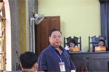 """Loạt quan chức tỉnh Sơn La """"ngơ ngác"""" không hiểu vì sao con được nâng điểm"""