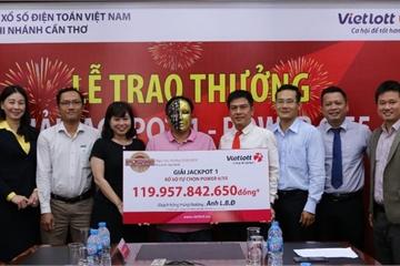 Người đàn ông trúng Vietlott 120 tỷ đồng ở Cà Mau vừa nhận tiền hôm nay