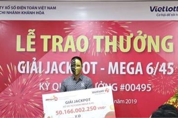 """Vé trúng Vietlott 80 tỷ """"nổ"""" ở Nghệ An, chủ nhân trúng 50 tỷ ở Đà Nẵng đã nhận thưởng"""