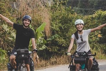 Dấu ấn tuổi trẻ của đôi vợ chồng đạp xe 16.000km xuyên lục địa