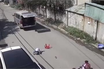 Vụ xe ô tô làm 'rơi' học sinh xuống đường ở Đồng Nai: Phạt hành chính 2 chủ xe