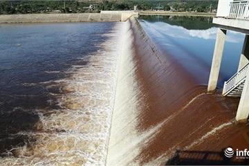 Hà Tĩnh: Chiều nay sẽ họp báo cáo nguyên nhân nước chuyển màu tại Ngàn Trươi
