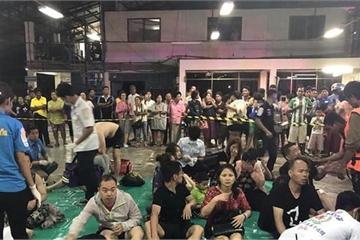Cập nhật tàu du lịch Thái Lan bị lật: 1 người chết, hơn 50 người vẫn mất tích