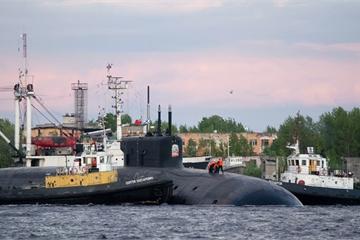 Tàu ngầm Hoàng tử Vladimir bắn thử thành công ngư lôi ở Bạch Hải
