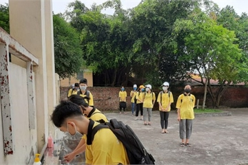 Học sinh Thái Bình phấn khởi trở lại trường sau đợt nghỉ dài phòng chống Covid-19
