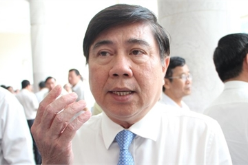 """Chủ tịch TP.HCM Nguyễn Thành Phong: Lĩnh vực đất đai bị người dân """"kêu"""" nhiều nhất!"""