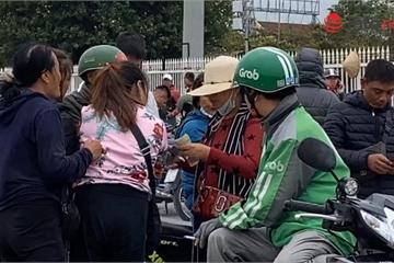 """Nóng bỏng vé trước giờ G trận Việt Nam - Thái Lan, nhiều CĐV đành...""""ở nhà xem tivi"""""""