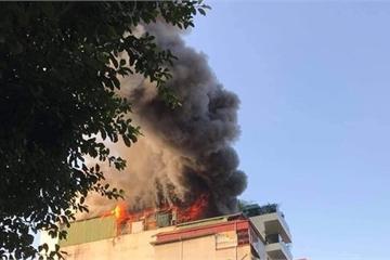 Hà Nội: Những hình ảnh mới nhất  về vụ cháy quán karaoke Nhất Thống