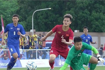 Bùi Tiến Dũng ngồi ghế dự bị, U22 Việt Nam lọt 2 bàn trong hiệp 1 trận đấu