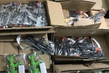 Quảng Bình: Thu giữ hàng chục ngàn sản phẩm đồ chơi trẻ em bị cấm