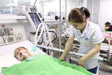 Đi công tác, bệnh nhân bị ngừng tim do hen phế quản