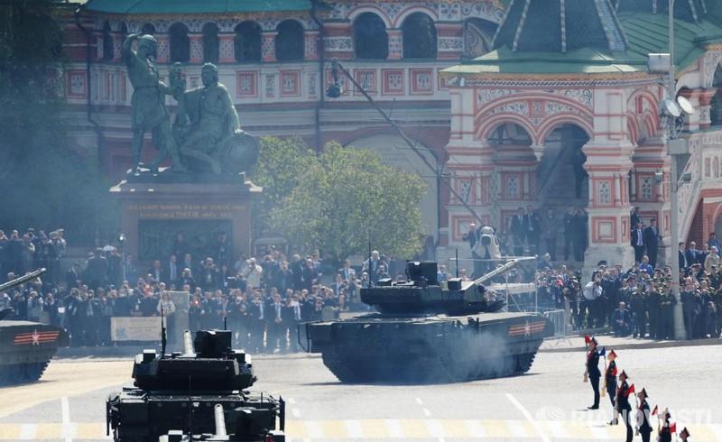 Những hình ảnh ấn tượng nhất tại Lễ duyệt binh Nga 9/5/2015 - ảnh 8