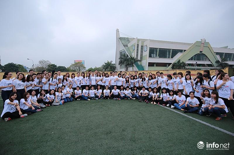 Hàng trăm bạn trẻ quay MV bài hát của cố nhạc sĩ Trần Lập - ảnh 11