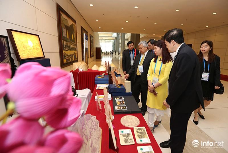 Sản phẩm trúc chỉ Việt Nam thu hút sự chú ý của đại biểu dự APEC - ảnh 1