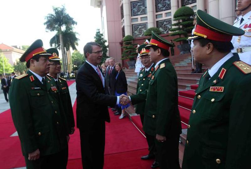 Hình ảnh toàn cảnh Bộ trưởng Quốc phòng Hoa Kỳ thăm Việt Nam - ảnh 2