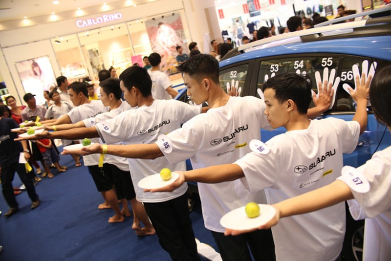 Hình ảnh hài hước tại cuộc thi 'sờ' xe Subaru Palm Challenge Việt Nam 2016 - ảnh 4