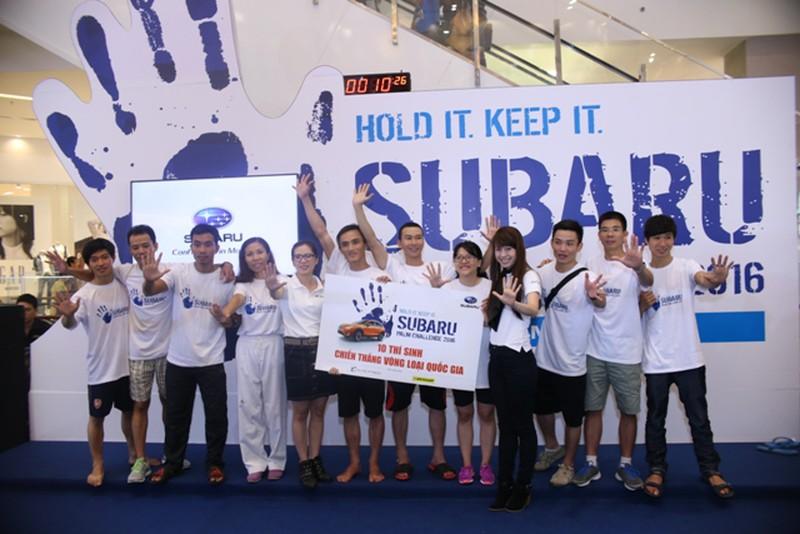 Hình ảnh hài hước tại cuộc thi 'sờ' xe Subaru Palm Challenge Việt Nam 2016 - ảnh 7